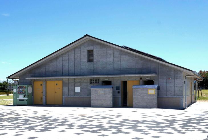 建築 災害 備蓄倉庫